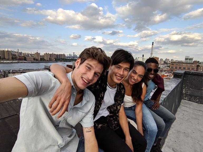 Foto Selfie di gruppo