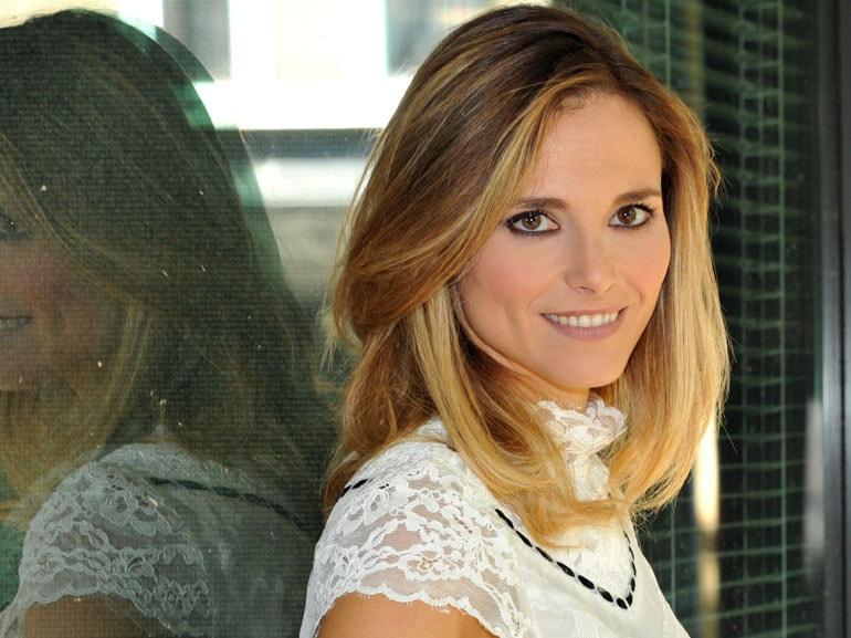 Francesca-Fialdini-cover-mobile