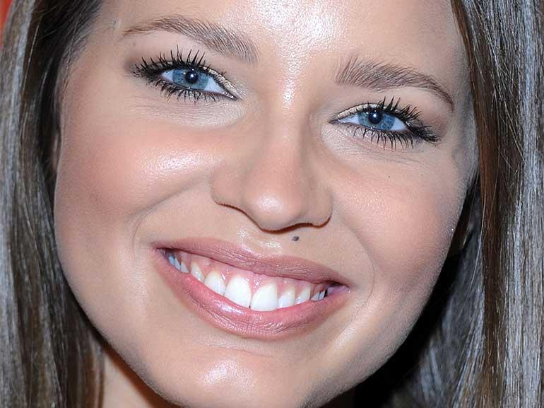 Ivana-Mrazova-bella-senza-trucco-curiosita-vita-privata-love-story-fidanzata-Luca-Onestini-Grande-Fratello-Vip-2-modella