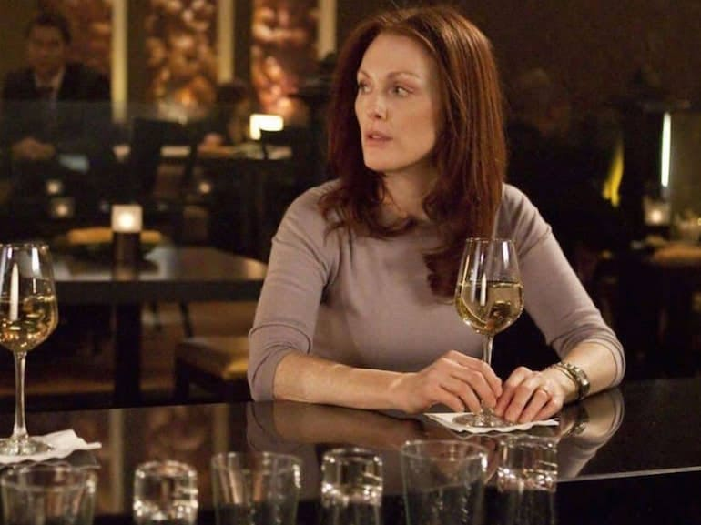 Julianne Moore vino