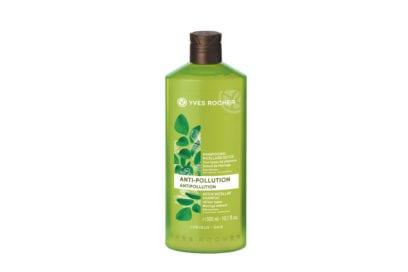 capelli-come-proteggerli- dai-danni-dellautunno-tra-vento-e-pioggia-264522-Capillaires Anti-Pollution Shampooing micellaire détox