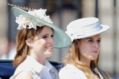 Le principesse Eugenia e Beatrice hanno un vero lavoro (che non c'entra niente con la Corona)