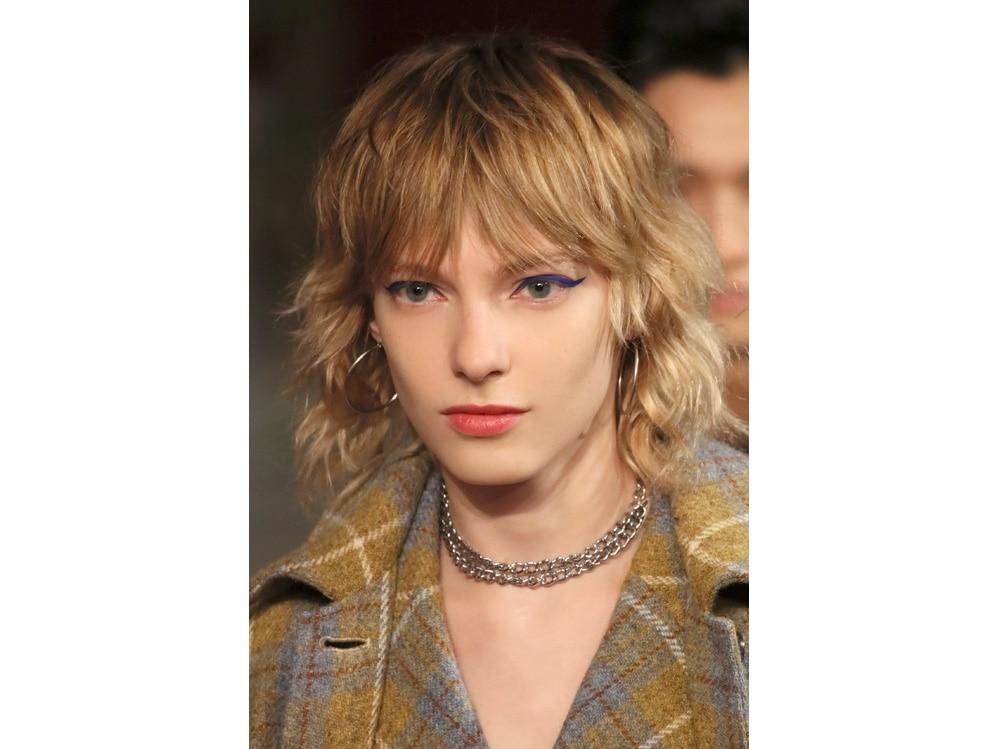 frangia a tendina tagli capelli autunno inverno 2018 2019 idee da copiare (6)