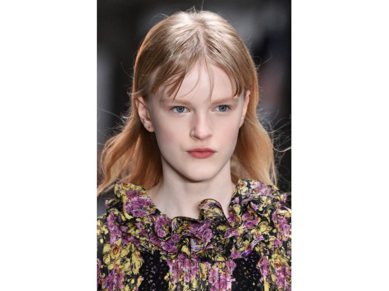 frangia a tendina tagli capelli autunno inverno 2018 2019 idee da copiare (9)