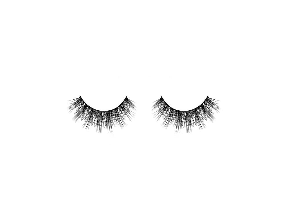 huda-beauty-false-lashes