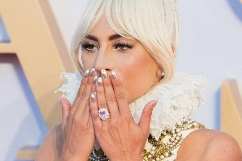 Lady Gaga non si sposa più: rotto il fidanzamento con Christian Carino