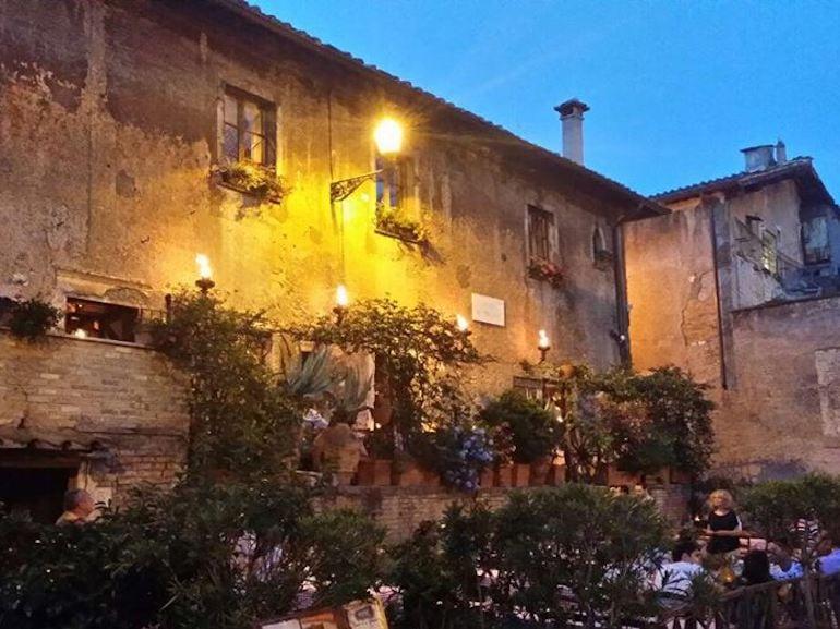 taverna de mercanti roma