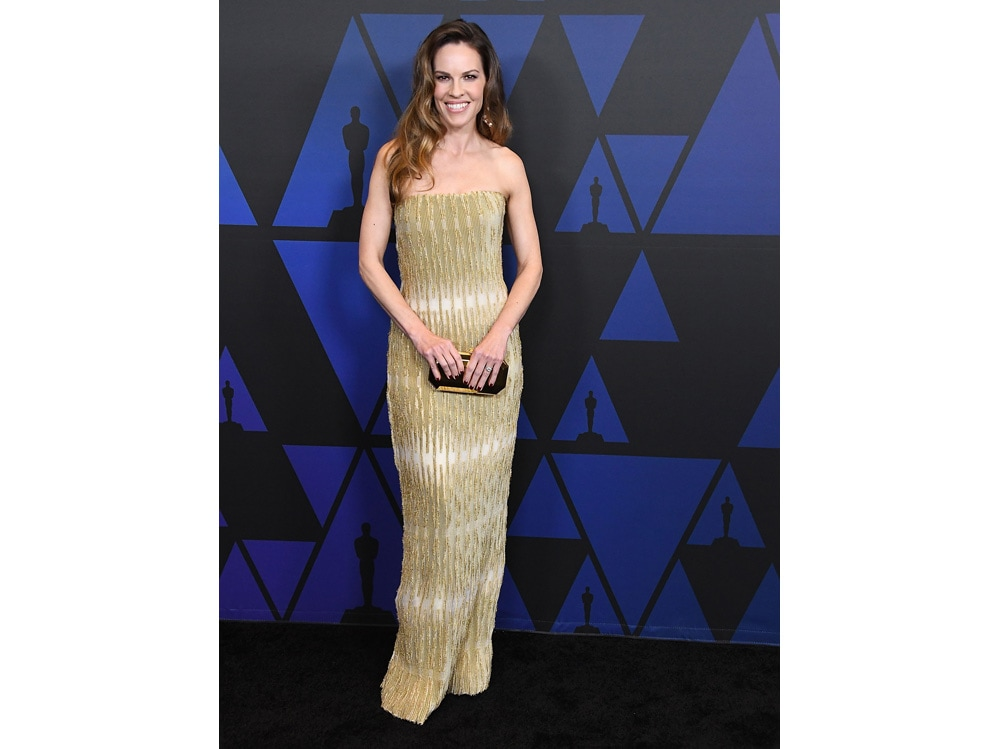 Hilary-Swank-in-Armani-Privé-getty