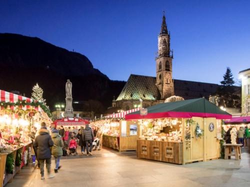 Mercatini Di Natale Bolzano 2018.I Mercatini Di Natale Piu Belli In Italia Con Le Date 2018