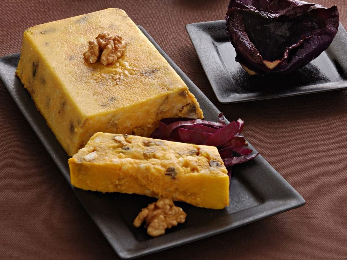 Sformato di zucca gialla e noci (1)