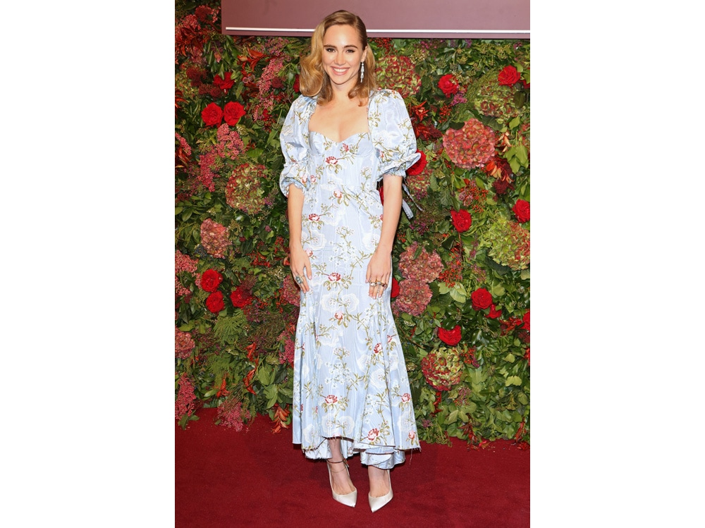 Suki-Waterhouse-in-brock-collection-getty