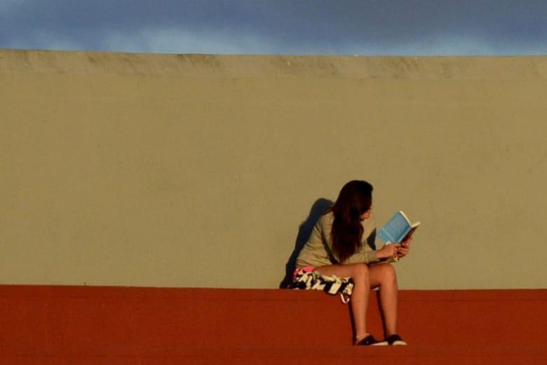 10 libri da leggere a Novembre: gialli, fantasy e storie d'amore