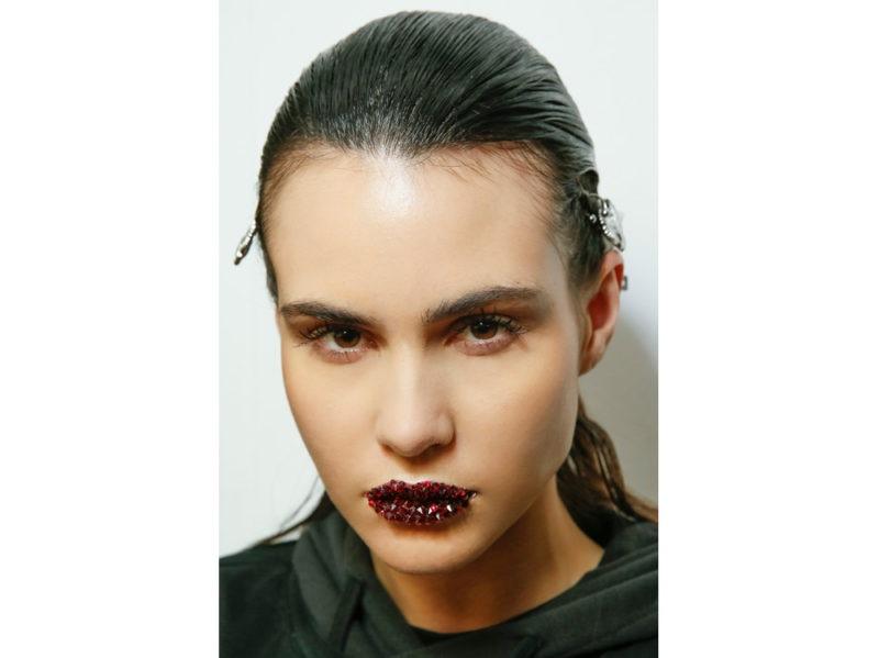 bold dark lips labbra scure rossetto inverno (10)