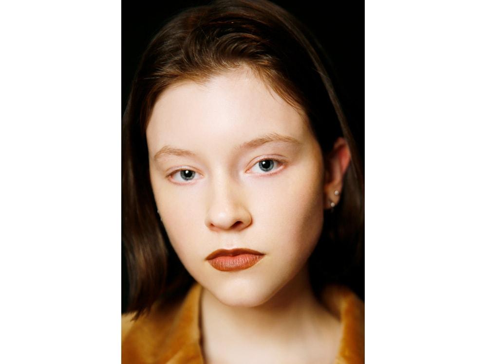 bold dark lips labbra scure rossetto inverno (3)