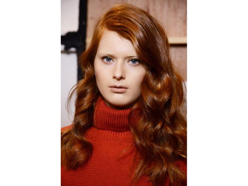 boucy hair capelli voluminosi vaporosi mossi stile anni 70 (4)