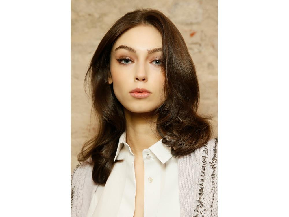 boucy hair capelli voluminosi vaporosi mossi stile anni 70 (8)
