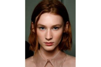 capelli-rosso-nuance-autunnale-consigli-su-come-sceglierlo-Boss_bbt_W_S19_NY_003_3056944