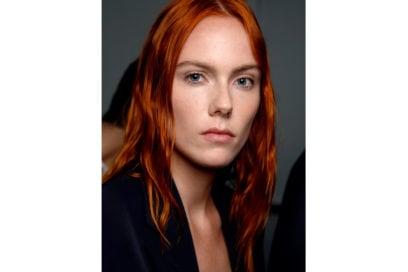 capelli-rosso-nuance-autunnale-consigli-su-come-sceglierlo-Boss_bbt_W_S19_NY_008_3056949