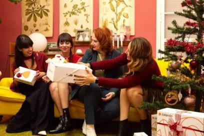 Natale in casa Grazia: i look off duty delle editor firmati Zalando