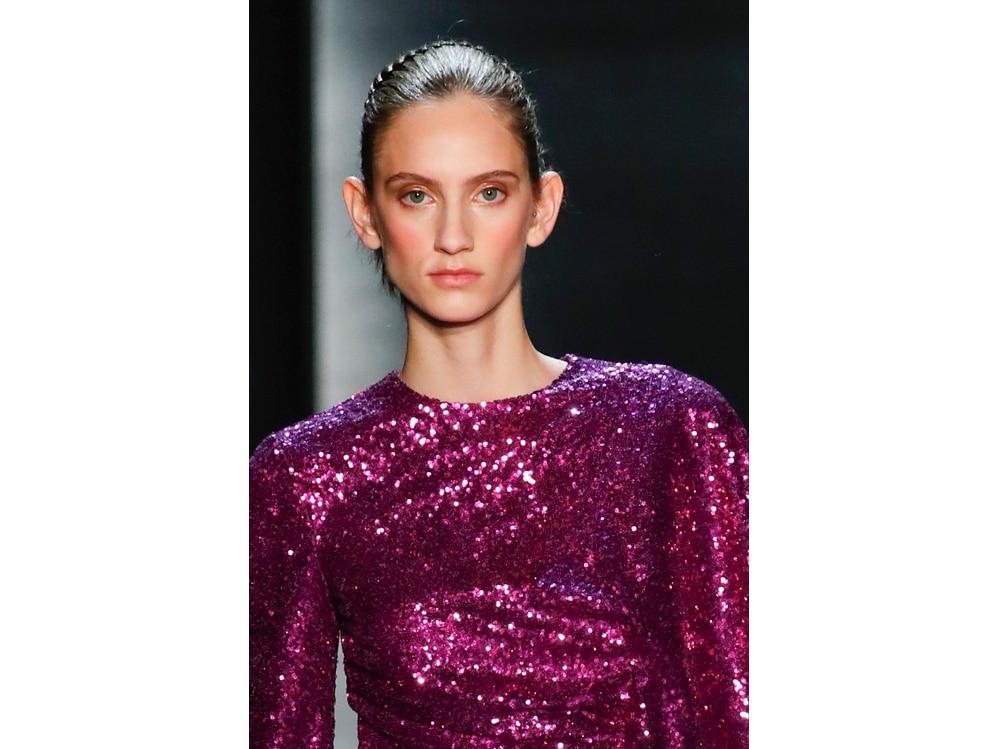 make up e outifit in contrasto trend mac cosmetics gordon espinet (2)