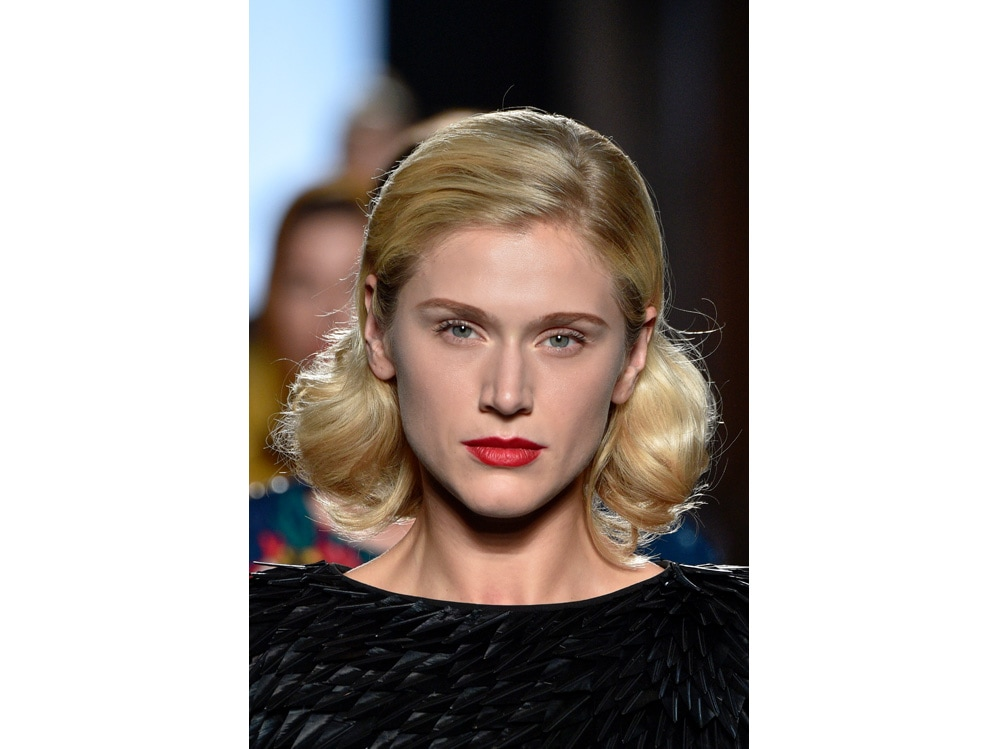 make up e outifit in contrasto trend mac cosmetics gordon espinet (9)