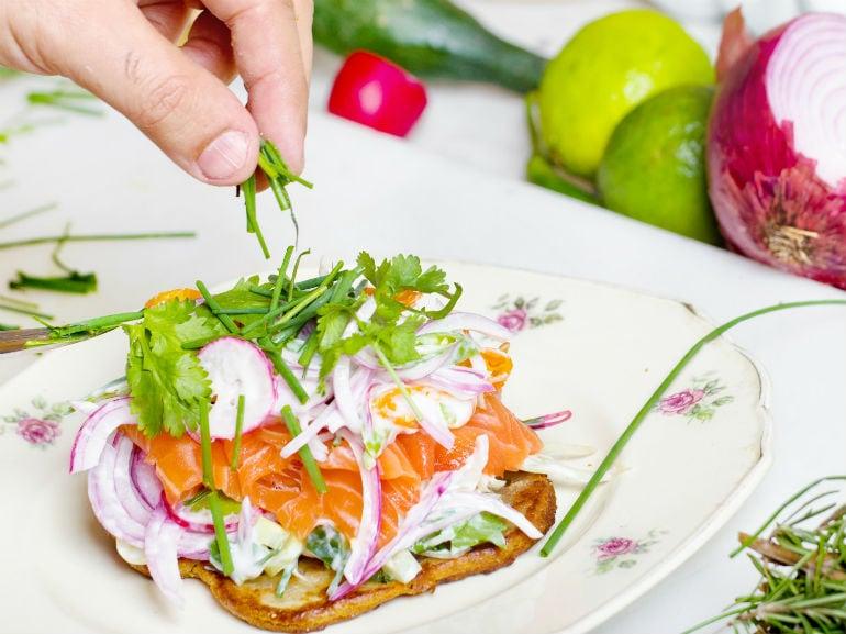 salmone verdura piatto ( mobile)
