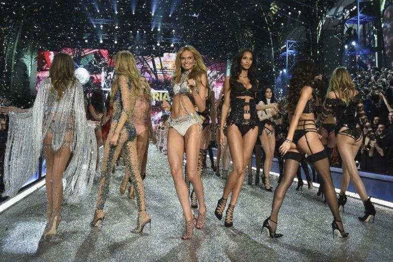 Victoria's Secret cancella la sfilata: ecco cosa è successo