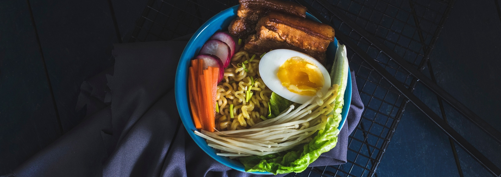 visore-noodles-DESK
