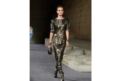 35_The_Paris-New_York_2018-19_Metiers_d_art_collection_look_35
