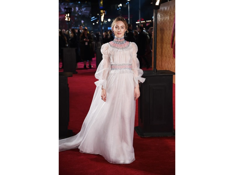 Saoirse-Ronan-in-Carolina-Herrera-getty
