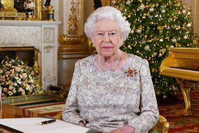 Su Twitter gira voce che la Regina Elisabetta sia morta, ma non è vero