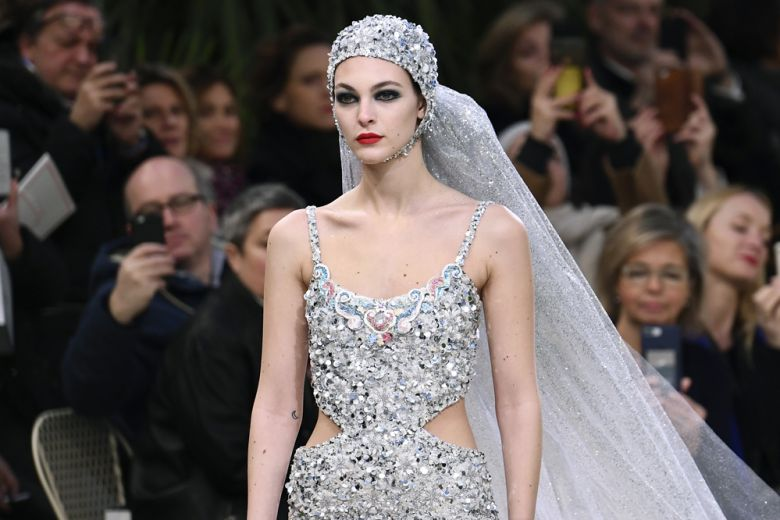 Chanel presenta l'Haute Couture (ma senza Karl!)