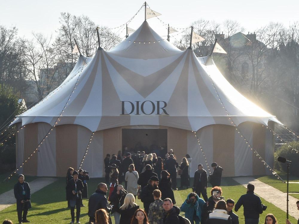 Dior-Circus-allestimento