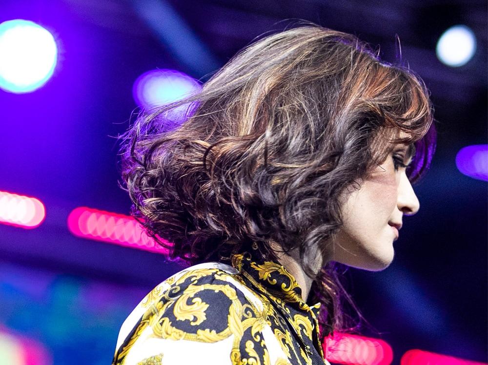 capelli medi mossi