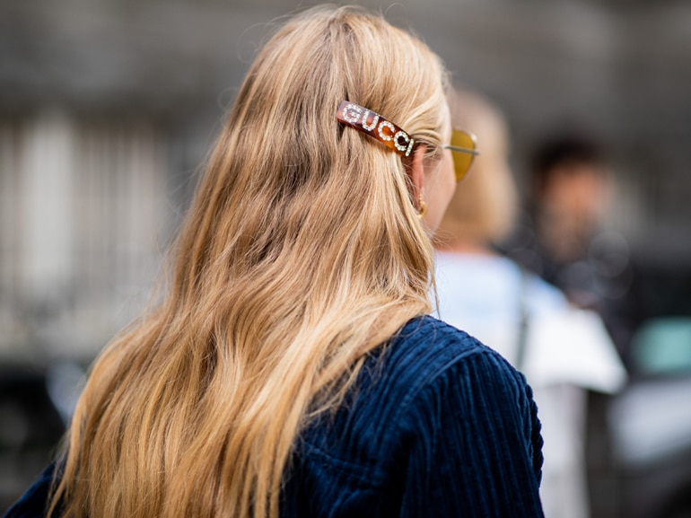 MOBILE_hair_clip