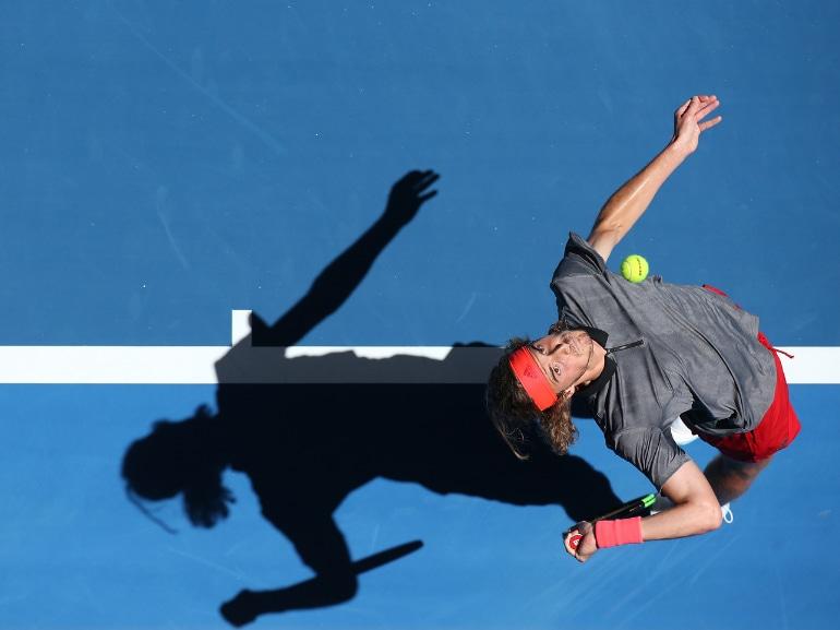 Stefanos Tsitsipas tennista greco vita privata curiosita nuovo campione emergente bello fisico scolpito (13)