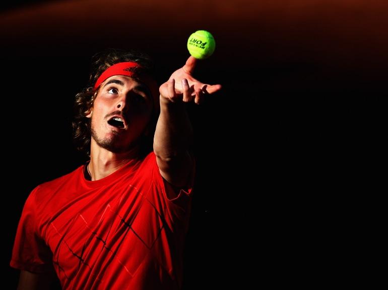 Stefanos Tsitsipas tennista greco vita privata curiosita nuovo campione emergente bello fisico scolpito (15)