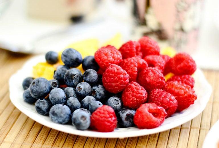 Cosa mangiare per sgonfiare la pancia: 5 cibi a effetto (quasi) immediato