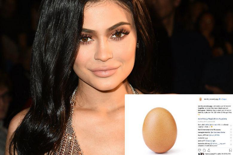 Kylie Jenner ha perso la sfida contro l'uovo (vi spieghiamo cosa significa)