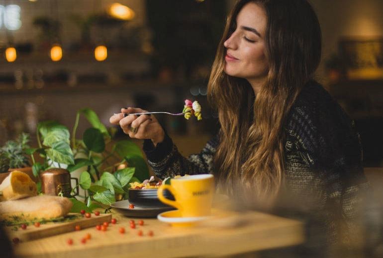 4 idee per un pranzo veloce e leggero (se siete stufi della solita insalata)
