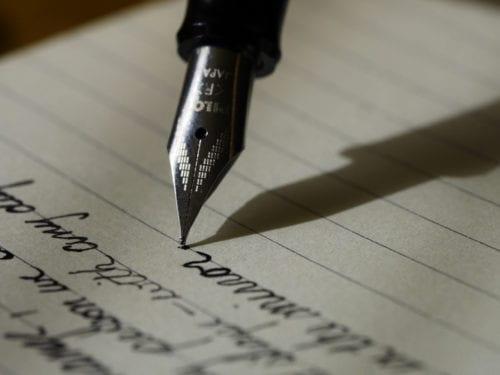 Risultati immagini per scrivere a mano