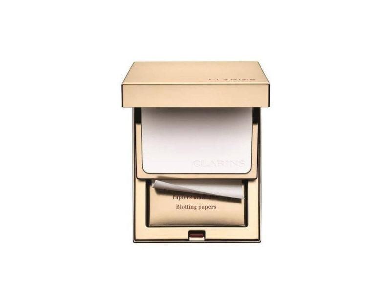 10) per ritocchi in borsa sempre blotting paper e cipria