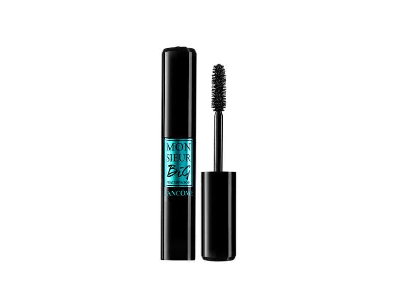 7) scegli prodotti occhi waterproof perché durino a lungo come mascara waterproof o matite