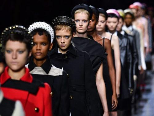design distinctif nouveaux prix plus bas meilleure sélection de Cerchietti per capelli: l'accessorio di tendenza del momento