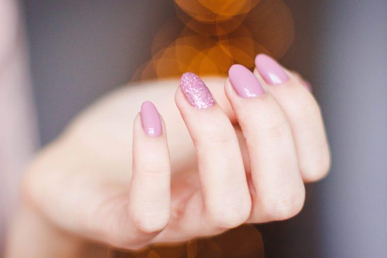 Nail art primaverile: scegli tra le proposte più belle su Instagram
