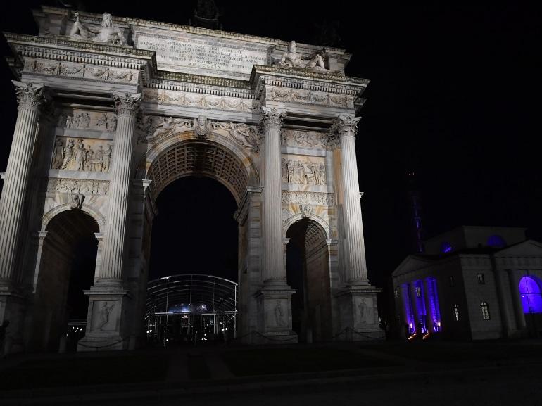 Festa Grazia e Lexus Milano presentazione della nuova AUTOMOBILE LEXUS UX HYBRID 20