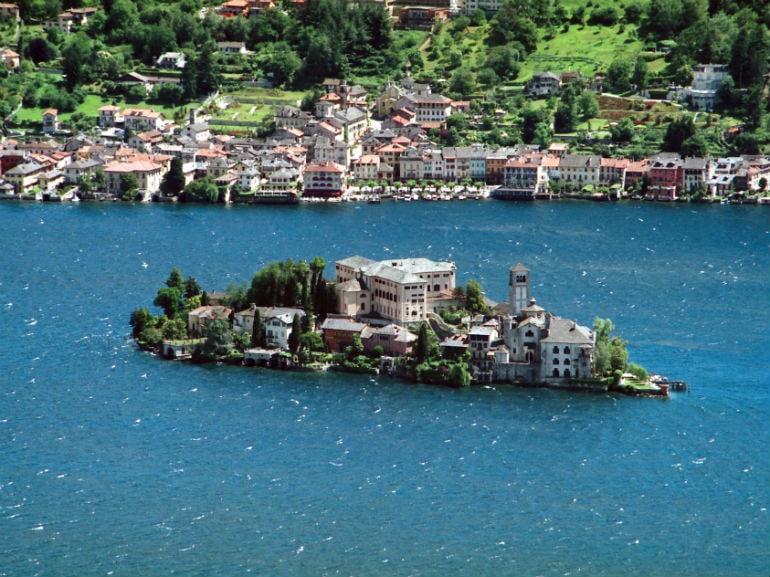 Isola_San_Giulio (WIki)