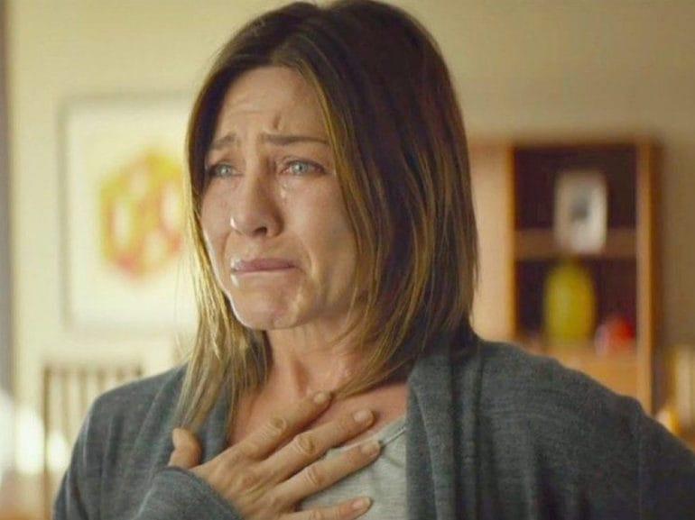 Jennifer Aniston pianto