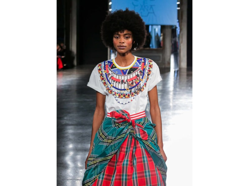 27fc77a75ea È stata presentata in occasione della Milano Fashion Week la Capsule  Collection di 5 T-Shirt scaturita dalla collaborazione tra PINKO e Stella  Jean.