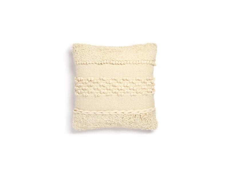 Primark-Home_Chindi-Tufted-Cushion,-€10